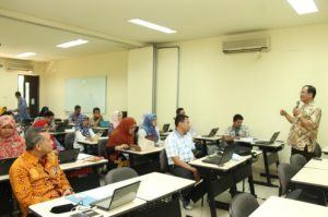 Pelatihan Metodologi Kualitatif